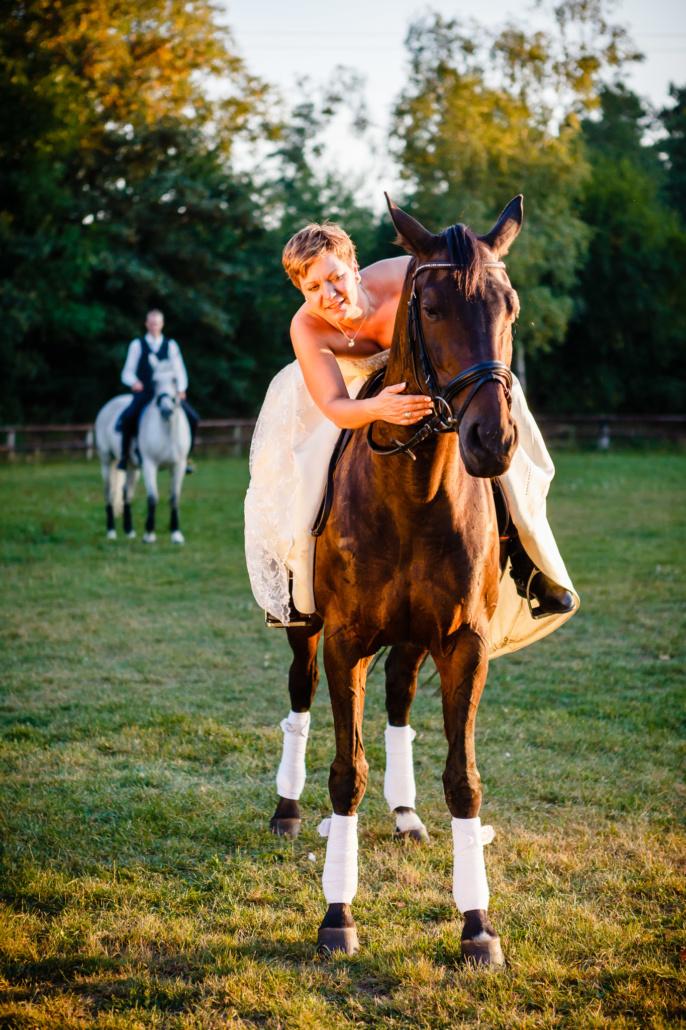 afterwedding shooting zu pferd rees nrw yvonne und bjoern. Black Bedroom Furniture Sets. Home Design Ideas
